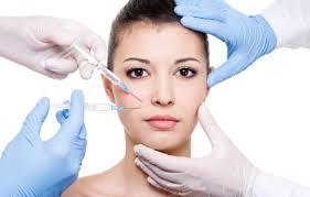 這6種風靡時尚圈的醫美皮膚項目,到底值不值得做?