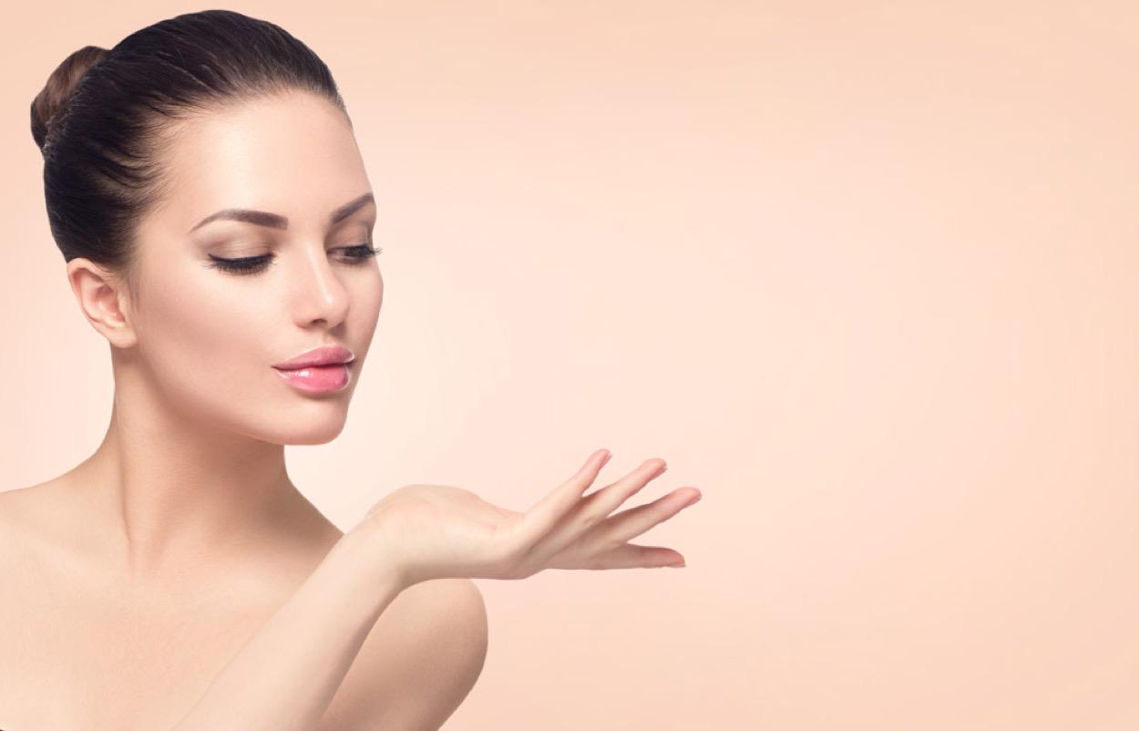 [新聞]  智能皮膚檢測美容儀成美容新趨勢