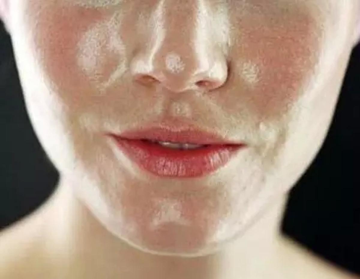 [新聞] 營銷騙局:出油多都是因為皮膚太乾導致的,你上當了嗎?